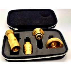 (4) CASE 4 ADAPTERS UNIVERSAL TIP GAS 13 KG AU7237-7654-B4